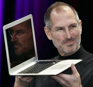 "Apple CEO ""Screw Em"" Steve Jobs Offering $200 iPhone Refunds…"